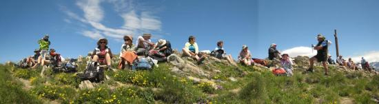 groupe-au-sommet-du-mont-gargas-2.jpg
